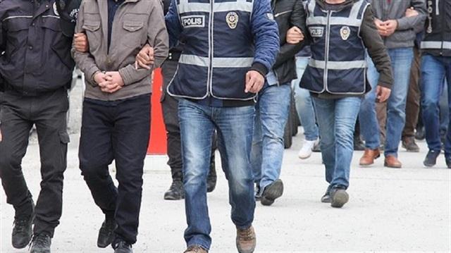 Redadas contra periodistas en Turquía por 35 órdenes de arresto