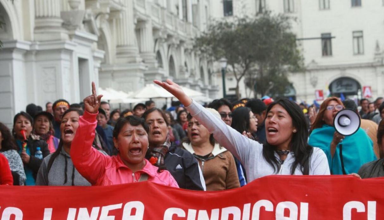 Manifestación de maestros en huelga
