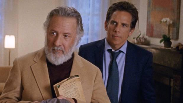 """Dustin Hoffman-a la izquierda-y Adam Sandler en una escena de """"The Meyerowitz stories"""""""