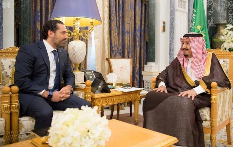 Al Hariri-a la izquierda-y el rey saudí Ben Salman