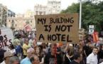 Airbnb limita anuncios en Barcelona en plena pugna con sus autoridades