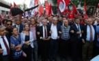 Larga marcha de la oposición para pedir justicia en Turquía