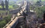 Aumenta a 49 cifra de muertos en accidente de tren en Egipto