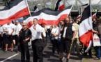 Antifascistas frenan marcha neonazi en recuerdo de Hess en Berlín