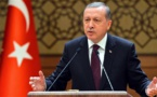 Erdogan critica a EEUU de sacrificar lazos con Turquía