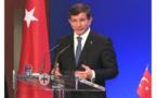 El primer ministro turco anuncia su salida, Erdogan fortalece su poder