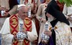 El papa insta en Armenia a acelerar la unidad con las Iglesias orientales