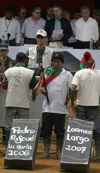 Fracasa diálogo de indígenas con Uribe; las etnias mantendrán movilizaciones