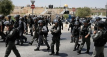Policías israelíes cerca de Al Aqsa