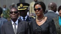 Robert Mugabe y su esposa Grace.