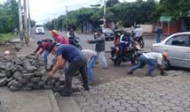 Policia desaloja a balazos barricadas en capital de Nicaragua