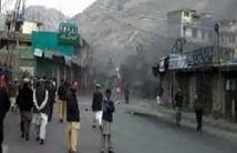 Atacantes incendian 11 escuelas en Pakistán