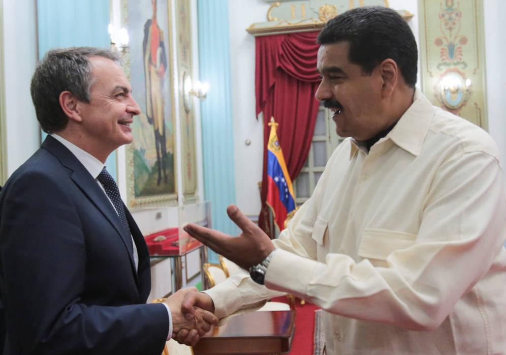 José Luis Rodríguez Zapatero-a la izquierda-y Nicolás Maduro.