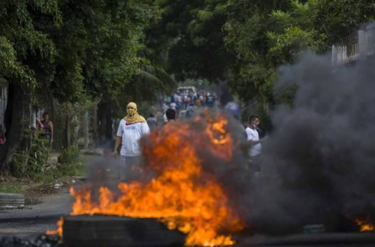 Acuerdan reanudar el diálogo en Nicaragua bajo fuerte violencia