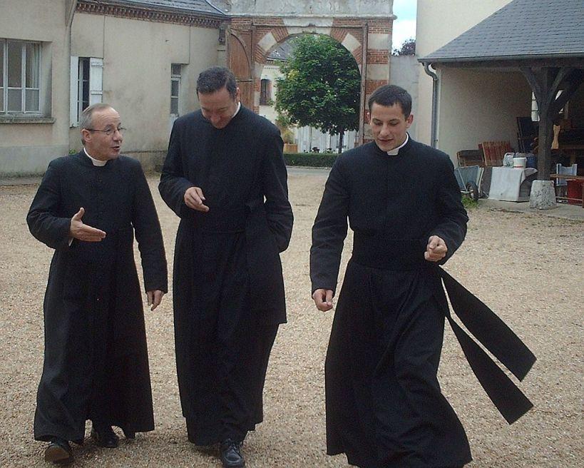 Sacerdotes cristianos