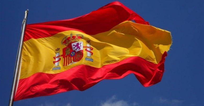 España.-Economía/Macro.- El PIB modera su avance trimestral al 0,5% y recorta una décima su tasa anual hasta el 2,3%