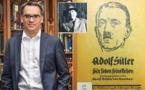 """Un historiador escocés encuentra """"la primera autobiografía de Hitler"""" fechada en 1923"""