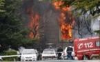 Al menos 21 heridos leves al explotar un coche bomba frente a la Universidad de Navarra