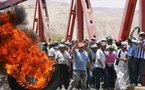 Manifestaciones en Perú demandan mayor inversión social