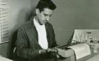 Publican antología de poemas de amor de Roque Dalton en El Salvador