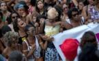 """""""Perdimos mucho: también el miedo"""": la favela recuerda a Marielle"""