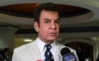 Diálogo en Honduras que busca fin a crisis política comienza a caer