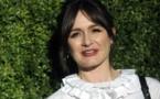 """Actriz británica Emily Mortimer: """"Necesitamos libros más que nunca"""""""