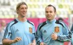 El fútbol español despide a Iniesta y Torres con profunda emoción