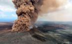 """Lava del Kilauea toca el océano y genera gases """"muy tóxicos"""" en Hawái"""