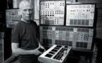 Vince Clarke, melodía y política detrás de la electrónica de Erasure