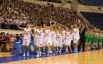 Equipos de baloncesto surcoreanos juegan amistosos en Corea del Norte