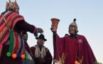 El presidente de Bolivia, Evo Morales-sosteniendo el cáliz-inaugura el II Foro de Civilizaciones Antiguas
