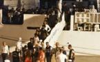 """Desembarcaron los migrantes a bordo del barco italiano """"Diciotti"""""""