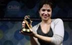 El realismo es insuficiente en literatura, dice la argentina Betina González