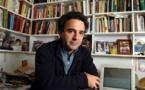 Argentino De Santis destaca en Feria de Lima virtudes de la novela policial