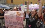 Estudiantes de Costa Rica salen a la calle a defender presupuesto de universidades