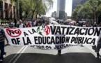 Maestros protestan en Costa Rica contra modelo de educación dual